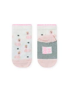 Chaussettes écrues et roses à imprimé cygne bébé fille MYIKASOQ / 21WI09I1SOQ001