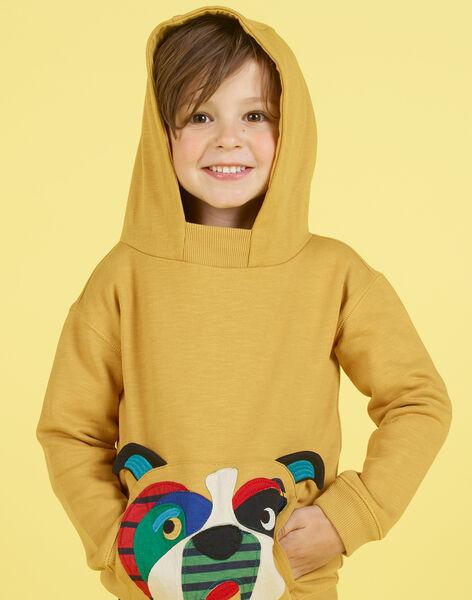 Sweatshirt à capuche jaune moutarde broderie chien enfant garçon MOMIXSWE / 21W902J1SWEB101